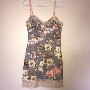 Dresses & Skirts - Floral & Lace Dress